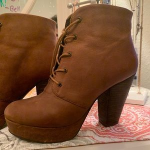High heeled ankle, lace up booties